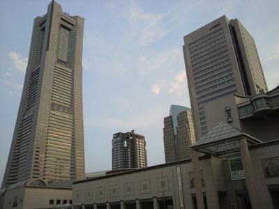 20100723 横浜美術館&ランドマークタワー.jpg