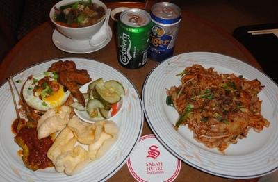 20110811 11夕食@Sabah Hotel.JPG