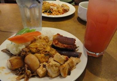 20110811 8昼食@Sabah Hotel1.JPG