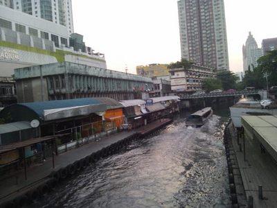 20120221 2運河ボート乗り場.JPG