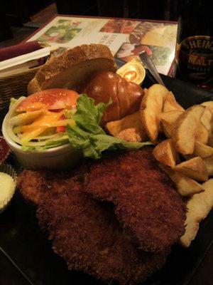 20110128 Fish&Chipsプレート.jpg