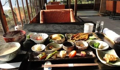 20110327 2ダイニング朝食3.JPG