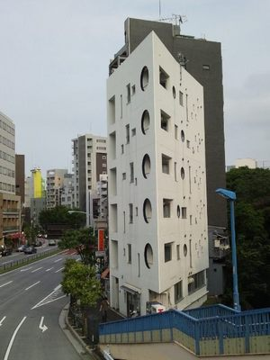 20120624 天現寺尖ったビル.JPG